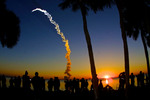 Thumbnail Viewers watch Space Shuttle Discovery Blast-off at Sunrise