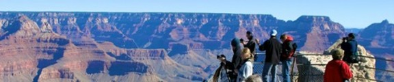 Thumbnail Grand Canyon sightseers, web banner photo