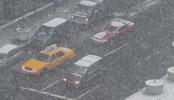 Thumbnail Snow falling on Park Avenue, NYC