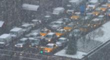 Thumbnail Heavy Park Avenue trafiic in snowstorm, NYC